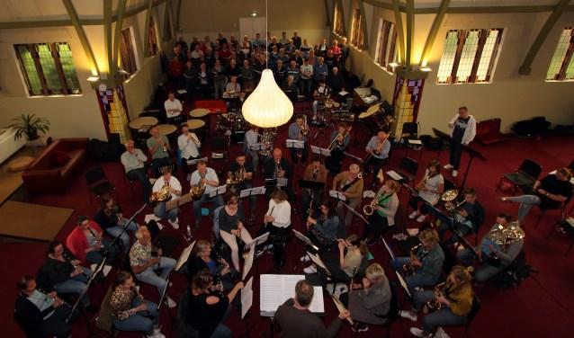 De deelnemers tijdens een repetitie. Foto: PR