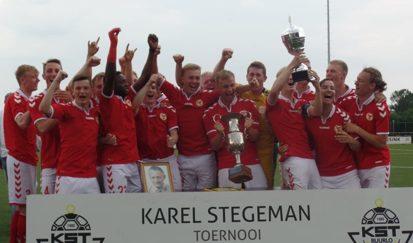 Het winnende team van Kalmer DD uit Zweden. Foto: Jan Hendriksen.