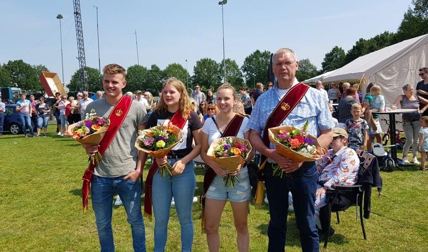 Vlnr: Morris Pondes, Noor Pondes, Wendy van Bronckhorst-Sasse, en Jos Krabben. Foto: Henri Walterbos