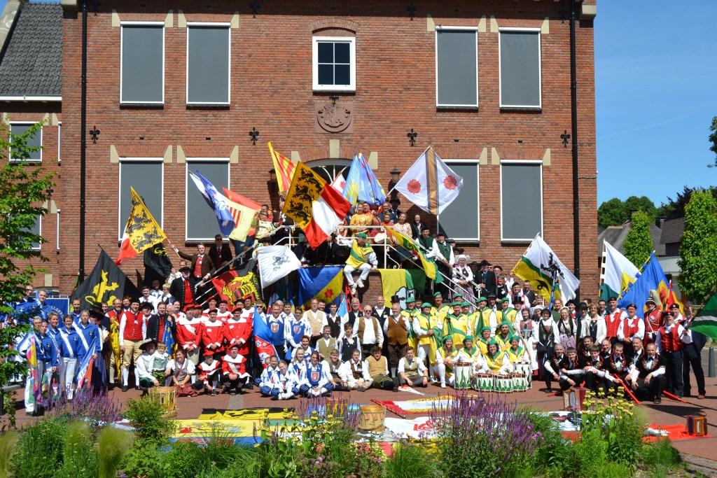 Goepsfoto van de deelnemende verenigingen. Foto: Sven Hans  © Achterhoek Nieuws b.v.
