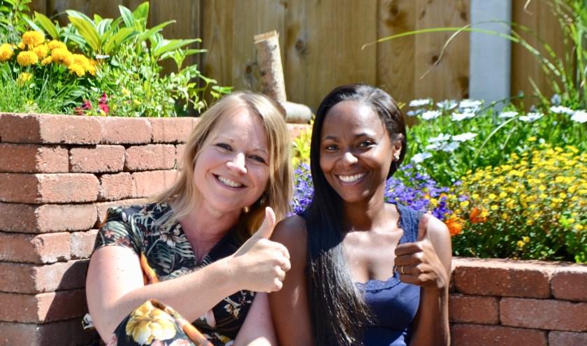 De zangeressen Joanne en Bronwyn . Foto: PR