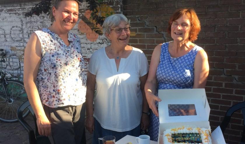 Het eerste lustrum werd gevierd met een prachtige taart. Foto: PR