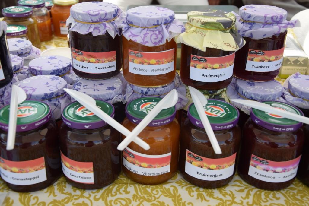 Uiteraard zijn er diverse soorten jam te koop op de Jammarkt. Foto: Natalie Vijlbrief  © Achterhoek Nieuws b.v.