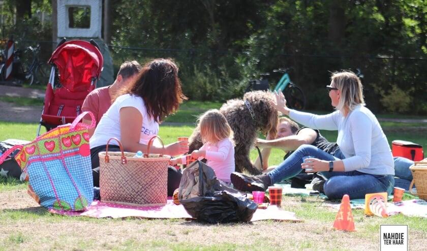 Vorigjaar was de picknick op De Maat een groot succes. Foto: Nahdie ter Haar