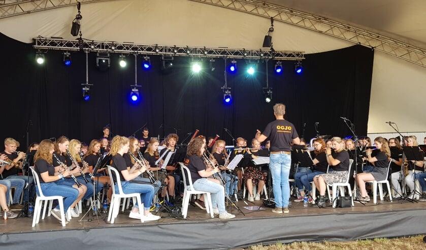 Zo'n 70 muzikanten vormen samen het Oost Gelders Jeugd Orkest. Foto: Henri Walterbos