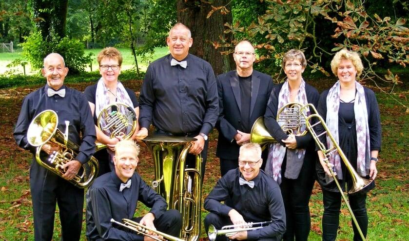 Koperblazersensemble Com Cobre onder leiding van dirigent Henk Vruggink. Foto: Henk Ellenkamp