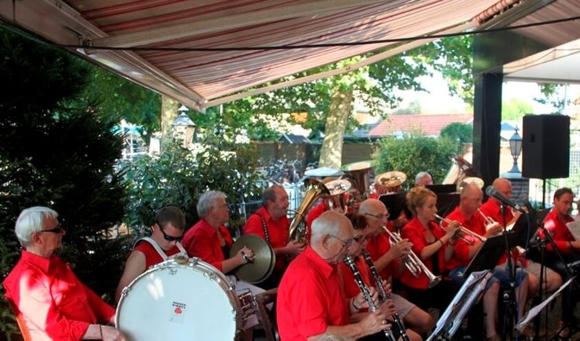 Een concert van blaaskapel De Schoapenscheerders. Foto: Richard Reukers
