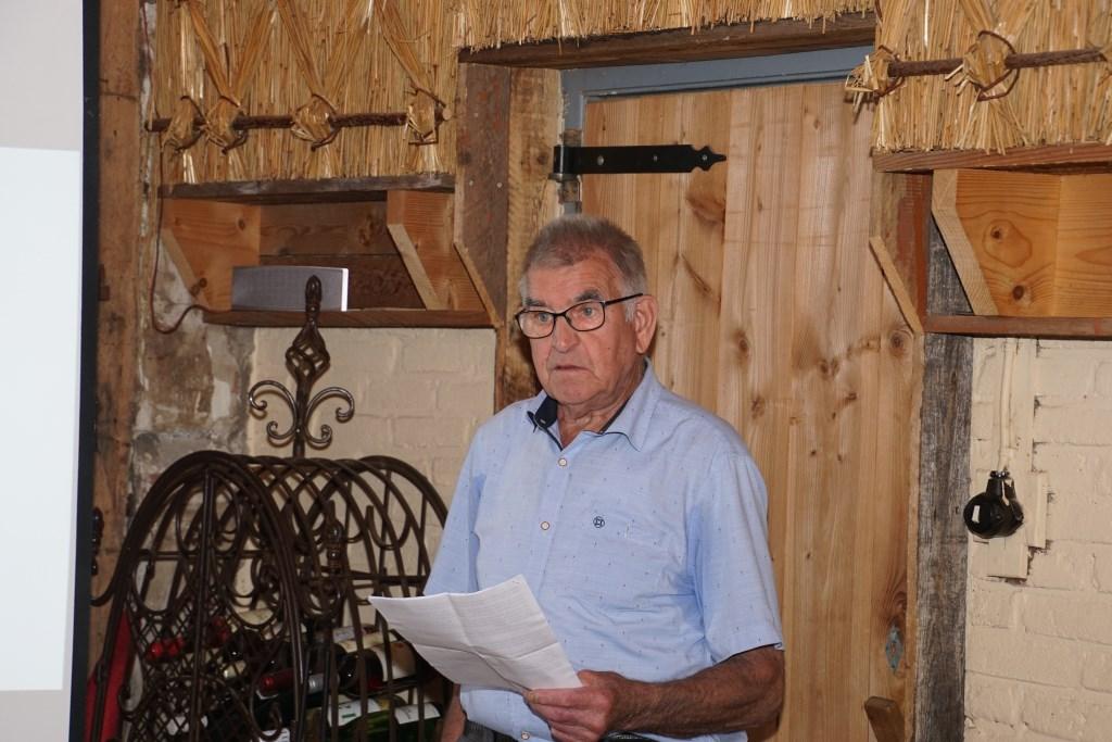 Gerrit Rougoor vertelt over het project. Foto: Frank Vinkenvleugel  © Achterhoek Nieuws b.v.