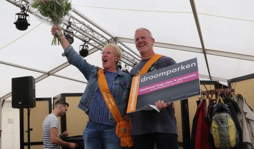 Schutterskoning Olburgen-Rha 2019 Rudy Schooltink en zijn koningin Wilma. Foto: PR