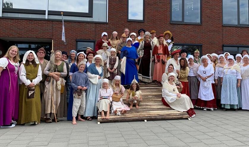 De spelers van Het Straatje dat zich Stad mocht noemen. In september te zien in Terborg. Foto: PR
