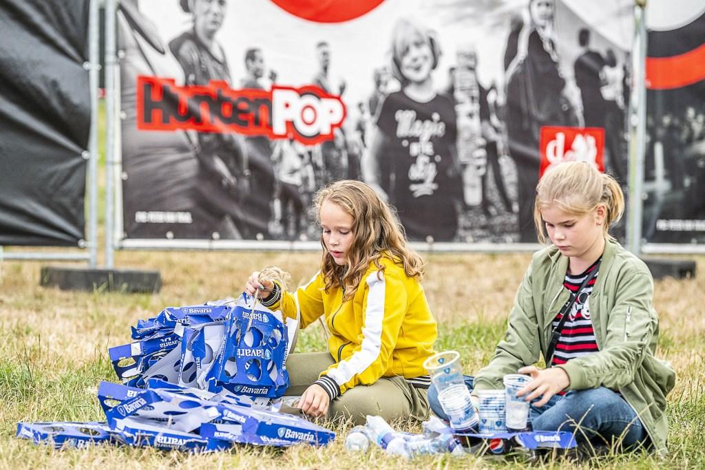 Sparen voor een muntje. Foto: Henk van Raaij  © Achterhoek Nieuws b.v.
