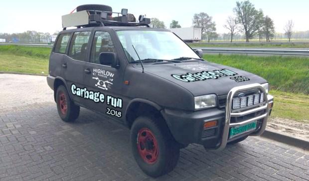 De Ford Maverick waarmee de Highlow Rangers deelnemen aan de Carbage Run.