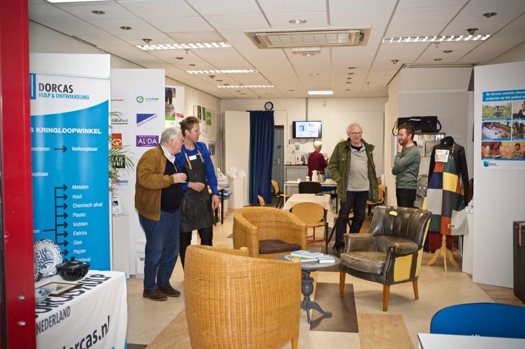 De winkel van Duurzaam Heiloo en Heiloo Energie. (Dag van de Circulaire Economie). STiP Fotografie © Uitkijkpost Media B.v.