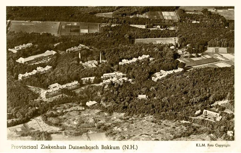 Oude luchtfoto van het Duin en Bosch-terrein