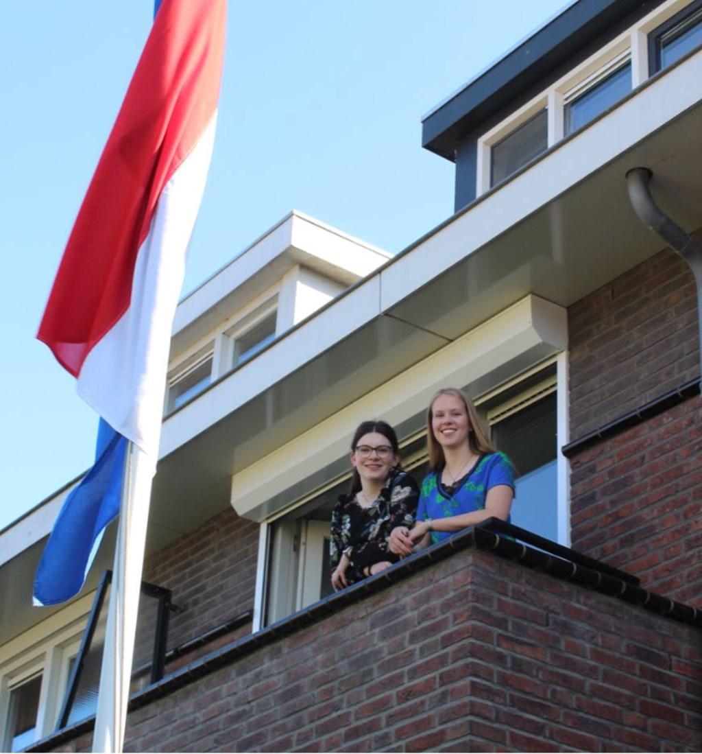 Lotte Kaandorp is ook geslaagd! Foto: Anique de Vries © Uitkijkpost Media Bv.