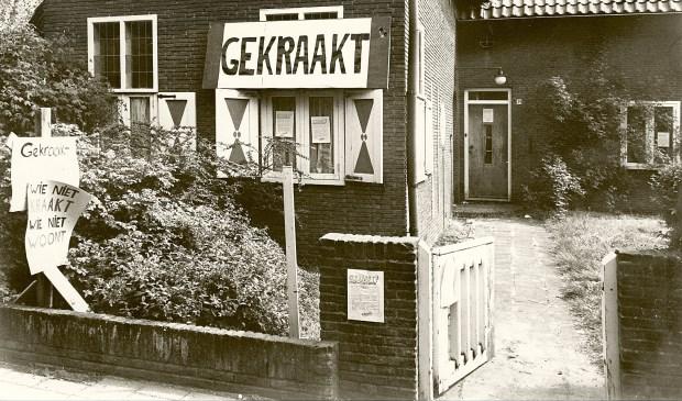 Weet u het nog? Leegstaand politiebureau Bakkum gekraakt vanwege nijpend woningtekort voor 'oorspronkelijke' Castricummers