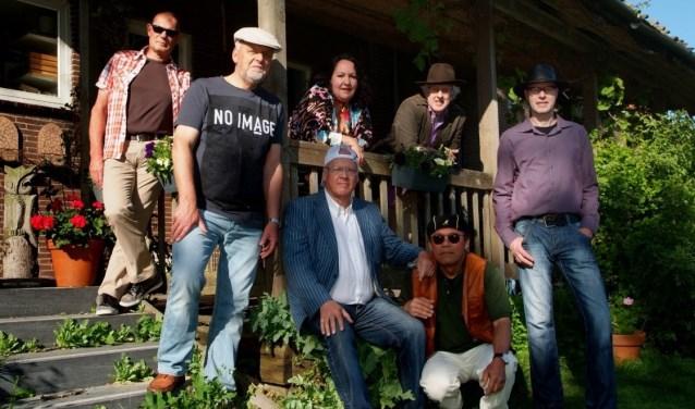 De Lola Garcia Band zal een swingend optreden verzorgen in Vredeburg.