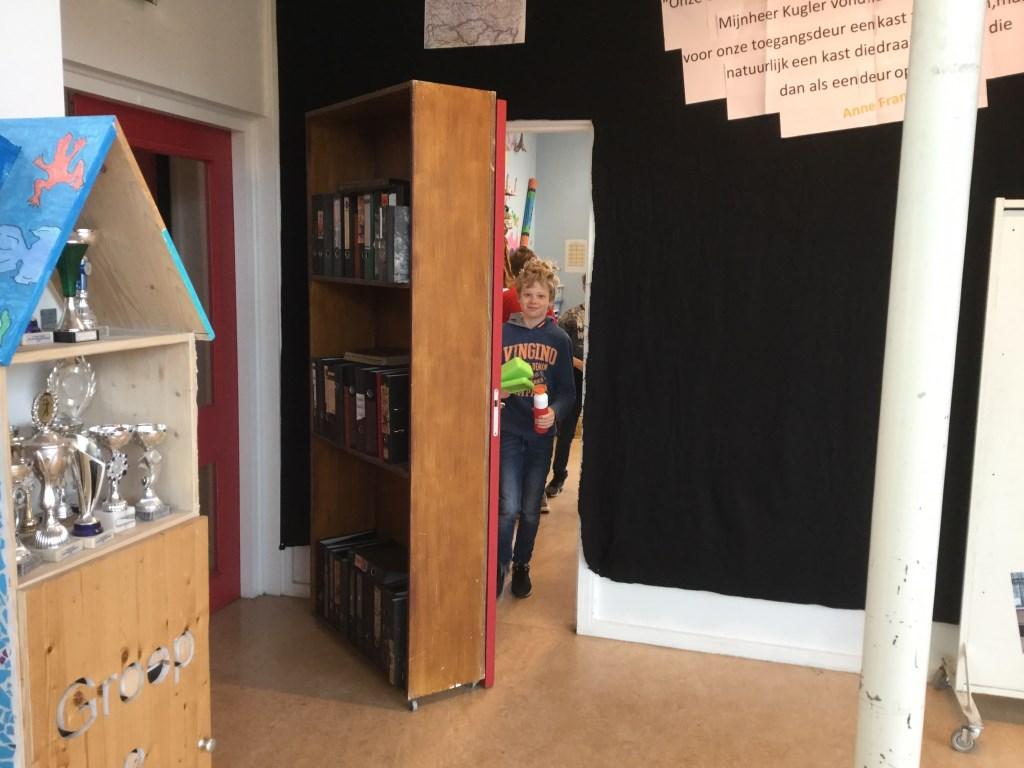 Ook was bijzonder dat het klaslokaal was omgebouwd tot het achterhuis van Anne Frank.  © Uitkijkpost Media B.v.