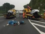 Auto breekt in tweeën bij crash A9