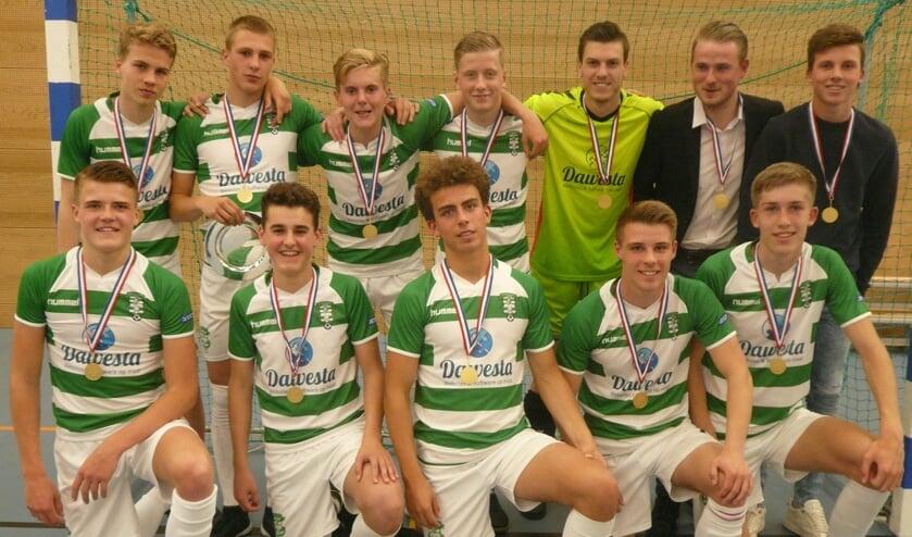 Spelers achter v.l.n.r.: Ian, Ryan, Stein, Chris, Sam, Stef, Thijs. Voor: Kep, Joep, Jelmer, Joris, Wessel.