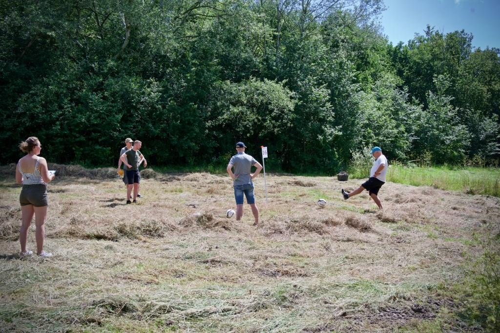 Het gemaaide gras in Het Maalwater gaf hier en daar wat problemen. Foto: STiP Fotografie © Uitkijkpost Media B.v.