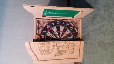 Dartbord Met Kast : Complete nieuwe dartset in kast marktplein