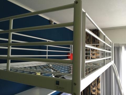 Hoogslaper Met Kast En Bureau Ikea : ≥ hoogslaper met bureau en ingebouwde kast van ikea kinderkamer