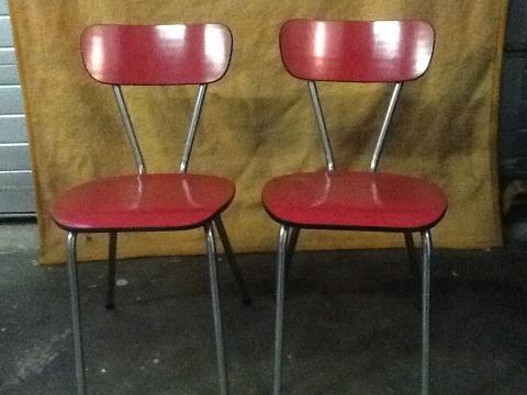 2 antieke rode keuken stoelen marktplein for Stoelen keuken
