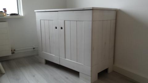 Hoogte Commode Babykamer : Mooi white wash set marktplein