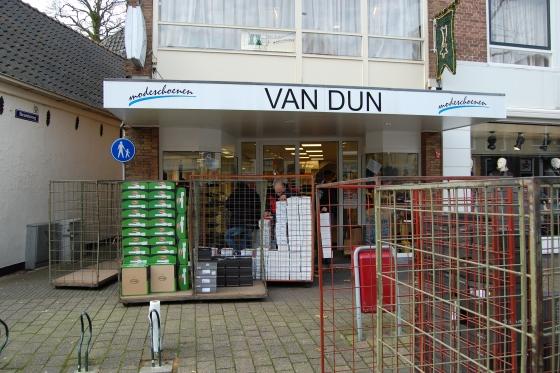 De Sluit Schoenenzaak Van Dun Deuren wTPXZiuOlk