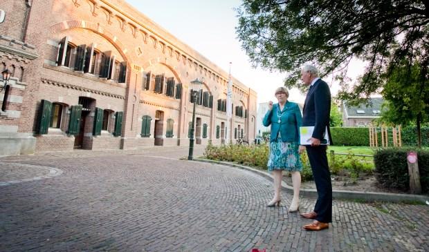 Marleen de Pater-van der Meer met commissaris van de Koning Johan Remkes.