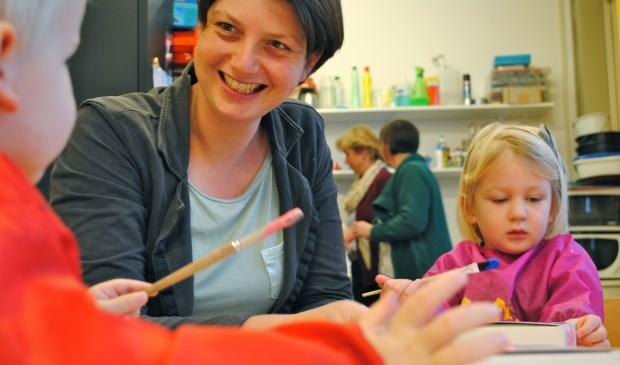 Stichting Kinderopvang Huizen : Peutermarkt zaterdag in bibliotheek huizen nieuwsblad voor huizen