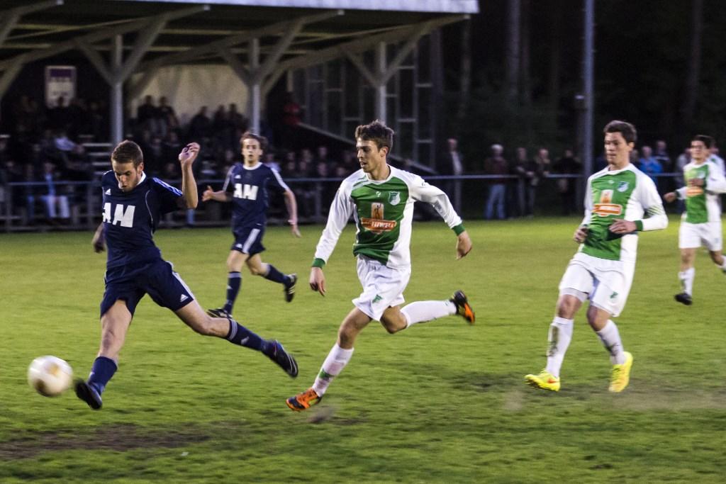 FC Hilversum verloor vanavond in Zeist van DHSC.