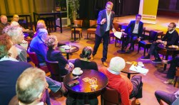 Jan Kastje spreekt tijdens het voorjaarsdebat van GroenLinks. Foto: Bastiaan Miché