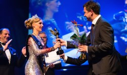 Uitreiking van awards is onderdeel van de afsluiting van het filmfestival. Foto: Robin Eggenkamp