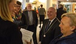 Fons Hertog moet vanwege zijn leeftijd dit jaar terugtreden als burgemeester.