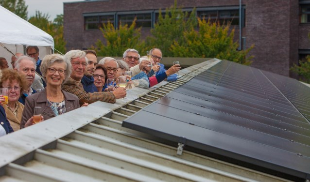 Veelbelovend begin 136 zonnepanelen De Regentesse
