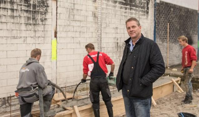 Nieuwbouw van afgebrande British Car Centre van start