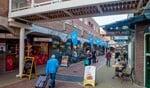 De Albert Heijn is een van de vele winkels in de Oostermeent die open wil.