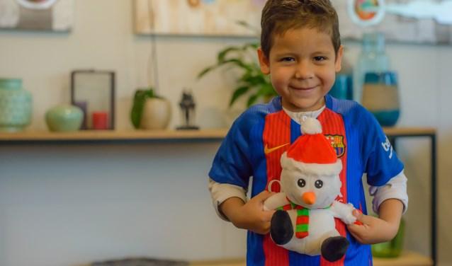 Ismael wil graag de Kerstman ontmoeten. Dit is de 7.000ste wens die de organisatie uit laat komen.