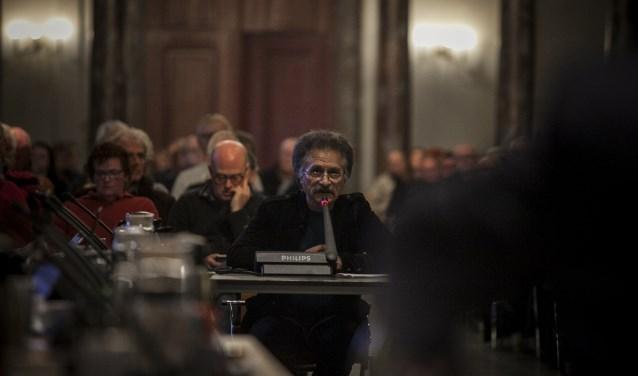 Bahman Khalafi van het Comité Zelfstandig Weesp, dat het referendum heeft aangevraagd.