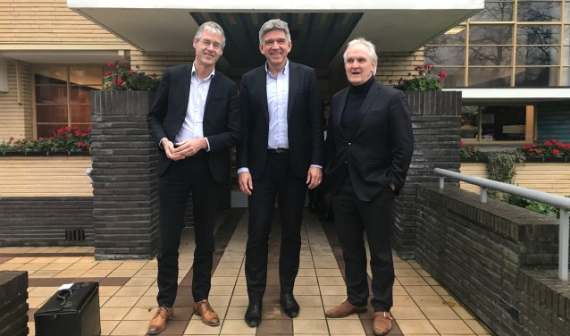 Minister op bezoek in raadhuis Hilversum