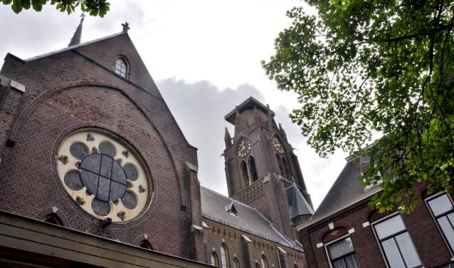 Ook onderhoud tuin Laurentiuskerk vertraagd door bezwaren