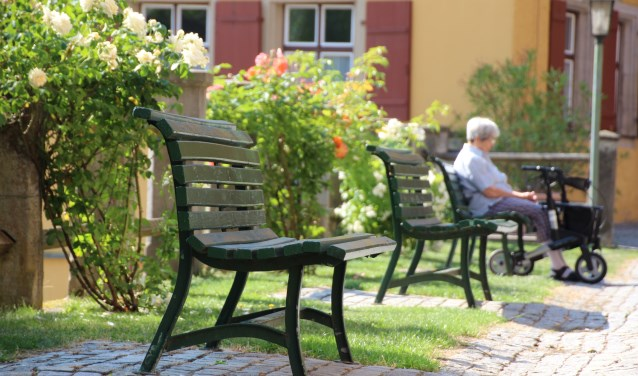 Ouderen blijven steeds langer thuis wonen en de lening kan hierbij uitkomst bieden.