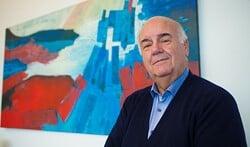 Burgemeester Fons Hertog wordt dit jaar 70 en moet dan ook stoppen.