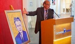 Het portret van oud-burgemeester Vlug.