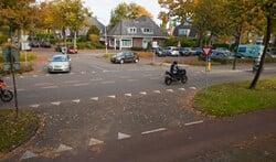 Parkeerplekken tussen de Naarderstraat en zwembad De Meent zijn geteld.