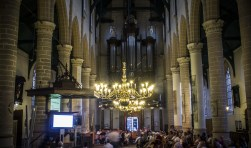In het hart van de stad, in de Grote Kerk, vindt 15 mei de grote toekomstavond van Weesp plaats.