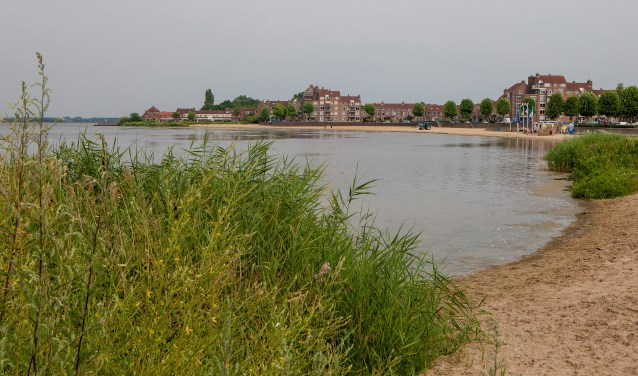 Er werd onder andere alvast geld beschikbaar gesteld voor allerlei dingen die van de kust van Huizen een mooier gebied moeten maken.