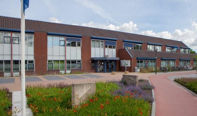 Het politiebureau in Huizen is in de zomer op dinsdag en donderdag gesloten.